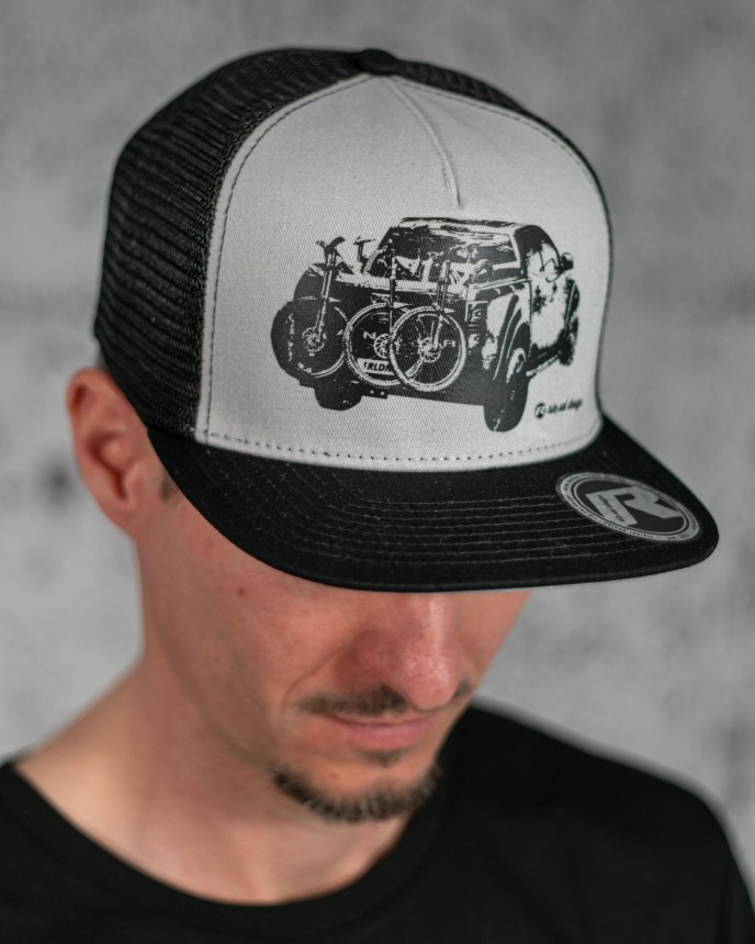 "snapback cap ""the crown"" pickup"