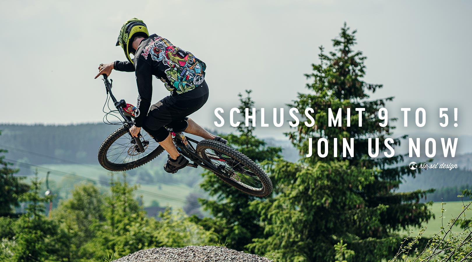 Join-us-now-new